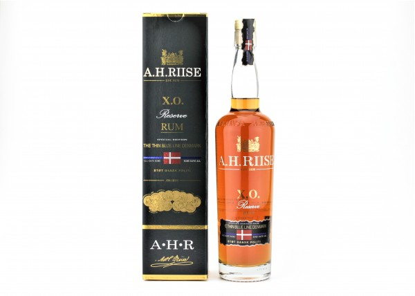 A.H Riise XO Reserve The Thin Blue Line 40% 0,7l